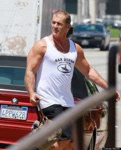 Aussie actor Mel Gibson shows off his buff arms while in Los Angeles